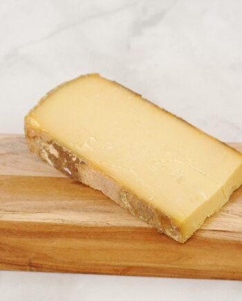 comté vieux au lait cru jo le fromager a rennes